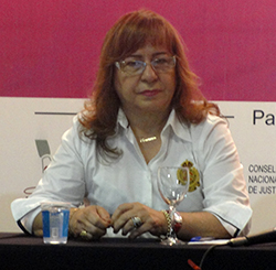 juiza Maria Herminia Azoury Silveira, do TJES