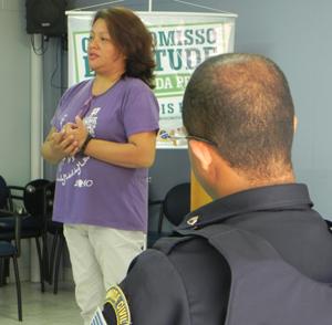 A coordenadora Marcela de Andrade ressalta a parceria com a Campanha Compromisso e Atitude (Foto: Eloísa Helena)