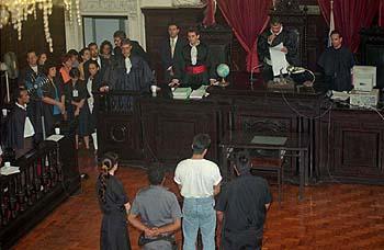 Guilherme de Pádua ouve a sentença do crime (Foto Rosane Marinho/Folha Imagem)