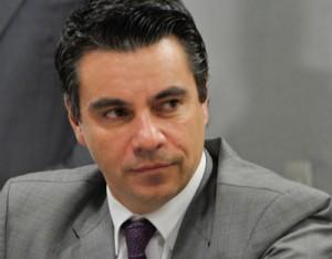 Flavio-Caetano_Foto-Agencia-Senado_400x312