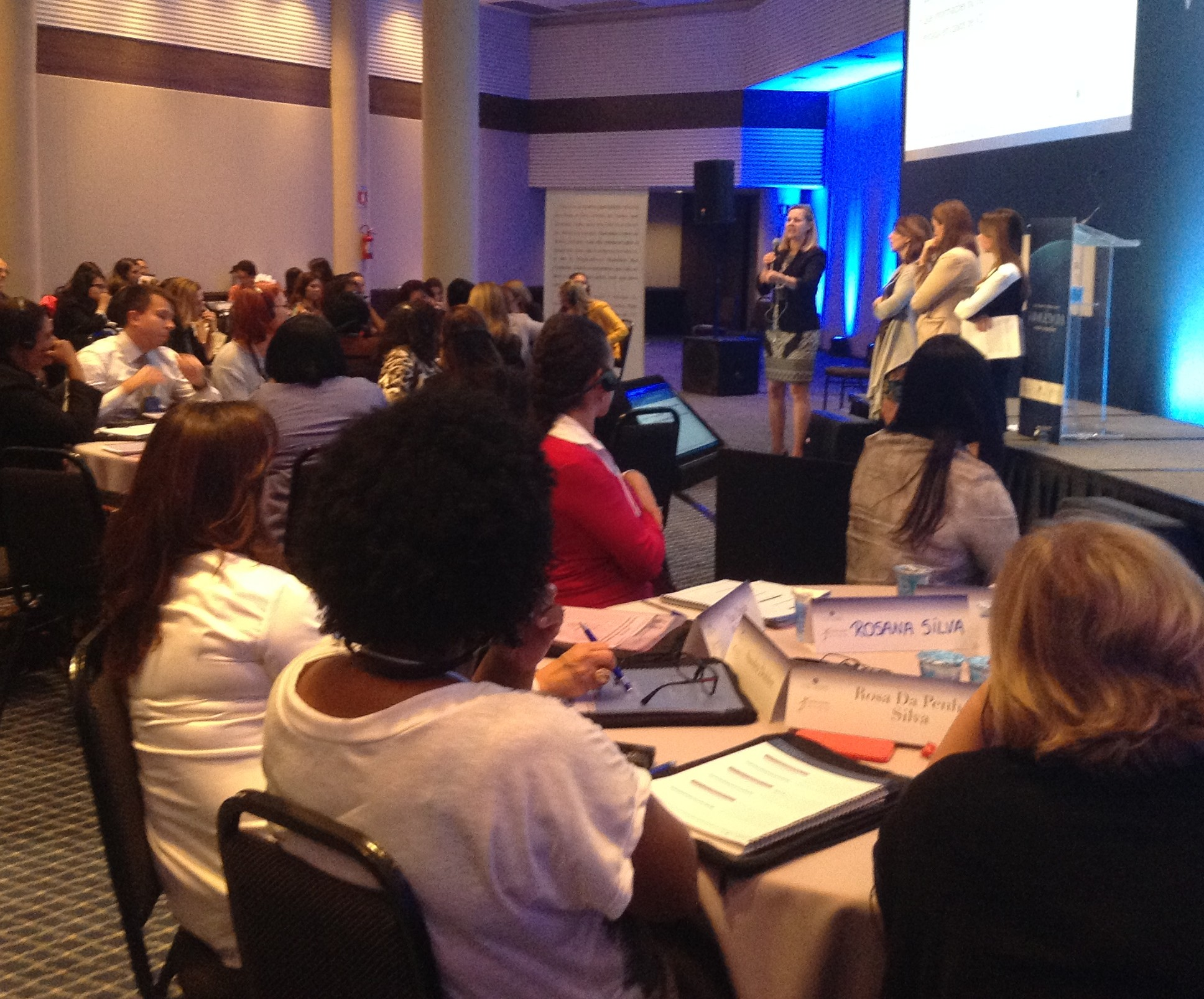Workshop Internacional Violência contra as Mulheres - trabalhos em grupoWorkshop Internacional Violência contra as Mulheres - trabalhos em grupo